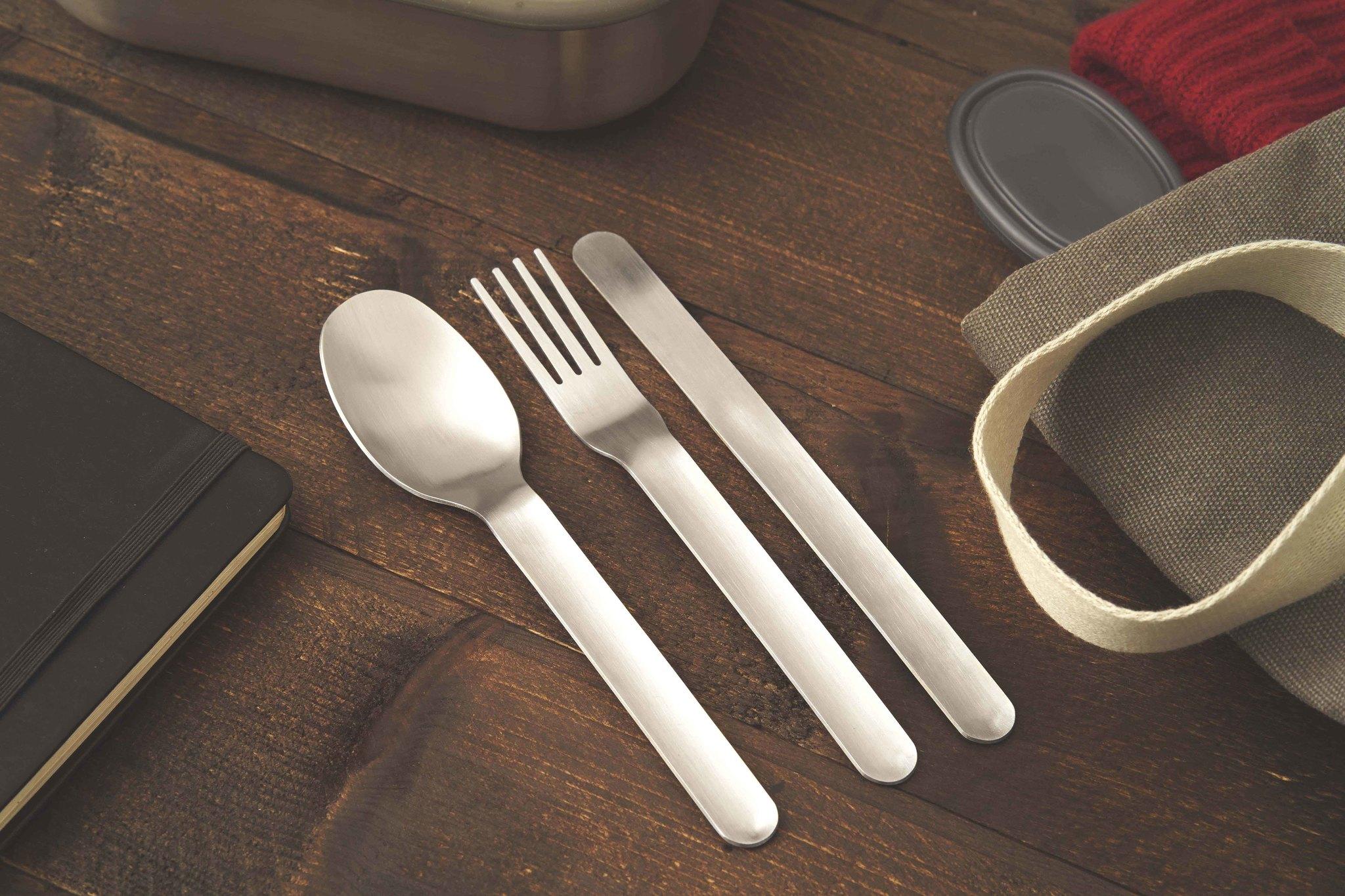 Silber, Messer, Gabel und Löffel in einem Set inkl