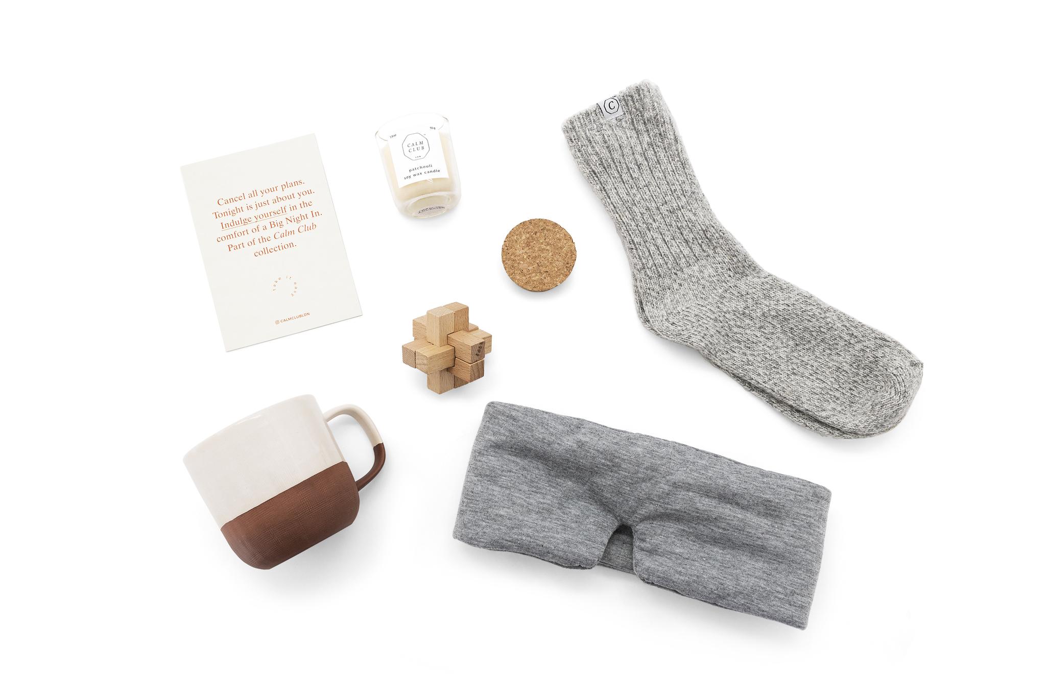 Tasse, Kerze, Schlafmaske, Socken