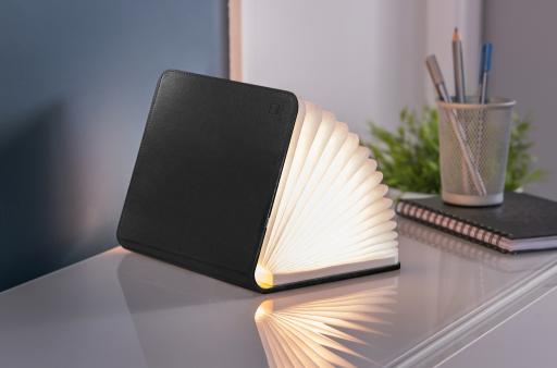 Leather black klein, inkl. USB Ladekabel, warmes L