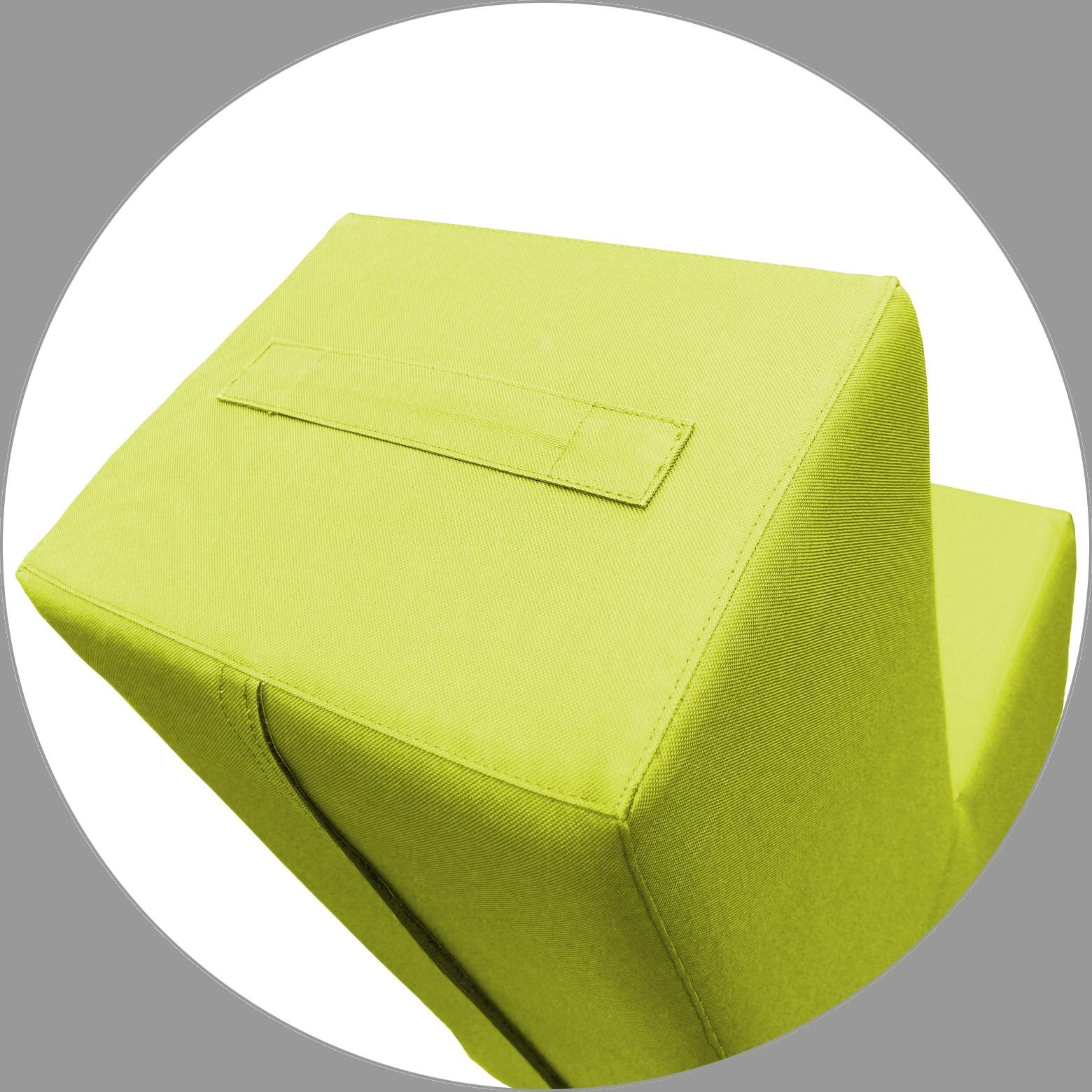 Hellgrün, klein