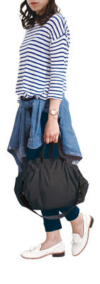 Compact 2 Way Shoulderbag - BLACK -  Faltbare Schultertasche One-Pull (patentiert)